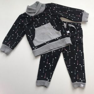 Rosie Pope arrow outfit. 18m